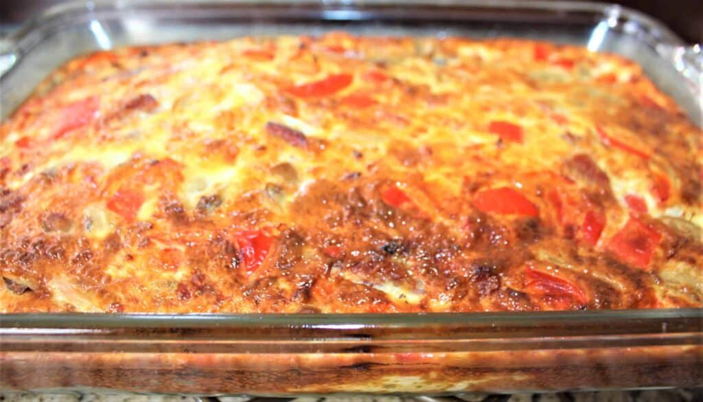 Click here to get the recipe for a super fluffy, tasty bell pepper, mushroom, ham, and cheese baked omelet